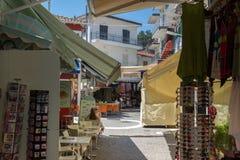 Typische straat in stad van Parga, Epirus, Griekenland royalty-vrije stock foto
