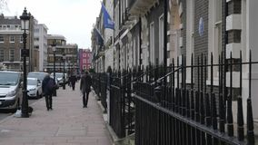 Typische straatmening in Londen stock video