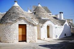 Typische trullihuizen in Alberobello, Italië Stock Fotografie
