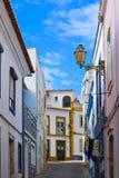 Typische Wohnstraße in der alten Stadt von Lagos, Algarve Ausrichtung Lizenzfreie Stockfotos