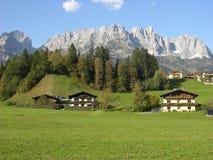 Typisches alpines Land Stockbild