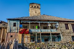 Typisches altes Svanetian-Haus, Adishi Lizenzfreie Stockfotografie