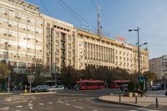 Typisches Gebäude und Straße in der Mitte der Stadt von Belgrad, Serbien lizenzfreies stockbild