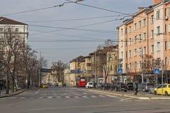 Typisches Geb?ude und Stra?e in der Mitte der Stadt von Sofia, Bulgarien stockfotos