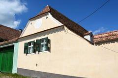 Typisches Haus im Dorf Viscri, Siebenbürgen Lizenzfreie Stockfotos