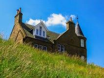 Typisches Haus in Schottland stockfotografie