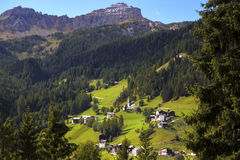 Typisches italienisches Dorf Stockfotografie