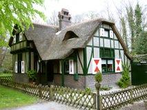 Typisches niederländisches Haus stockfotos