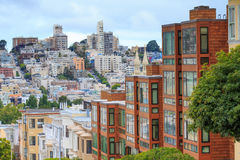 Typisches San Francisco Neighborhood lizenzfreies stockbild