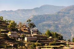Typisches schönes Dorf in Nepal lizenzfreie stockfotos