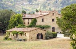 Typisches toskanisches Haus stockfotos