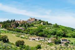 Typisches traditionelles Dorf in Toskana - Toskana, Italien Lizenzfreie Stockfotografie
