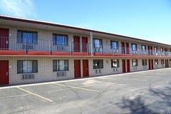 typisk amerikanskt motell royaltyfri foto