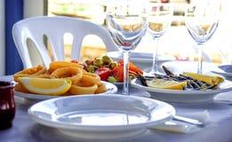 Typisk andalusian mat i sommar Arkivfoto