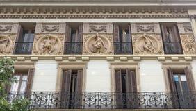 Typisk arkitektur av Barcelona Arkivfoton