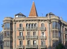 Typisk arkitektur av Barcelona Arkivbild