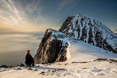 Typisk berglandskap utöver den polara cirkeln Arkivfoto