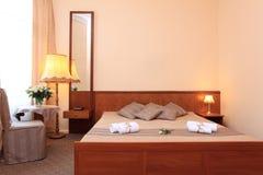 typisk deluxe hotellrum Fotografering för Bildbyråer