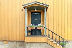 Typisk finlandssvenskt fönster Arkivfoton