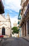 Typisk gata i gammala Havana fotografering för bildbyråer