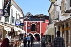 Typisk gränd av den Lagos staden, Algarve, Portugal royaltyfri fotografi