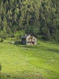 typisk hus Arkivbild