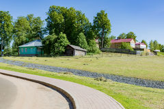 Typisk hus för europeiskt land fotografering för bildbyråer