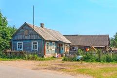 Typisk hus i byn Royaltyfria Bilder