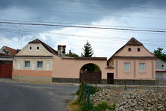 Typisk hus i byn Vulcan Arkivbilder