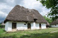 Typisk hus i traditionella byar - museum för öppen luft Royaltyfria Bilder