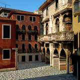 Typisk italiensk stad, illustration 3d Royaltyfri Foto