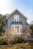 Typisk ninetieshus från Midwesten av Förenta staterna Fotografering för Bildbyråer