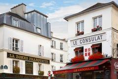 Typisk restaurang i Paris, Montmartre Arkivbild