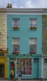 Typisk shoppa i Notting Hill, London Arkivfoto