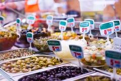 Typisk spansk matmarknad. Arkivbild