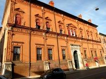 Typisk stads- landskap i Ferrara, Italien Arkivfoto