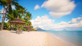 Typisk tropisk strand Mauritius Royaltyfri Fotografi