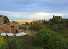 Typisk tuscan landskap nära Siena, Italien Royaltyfri Fotografi