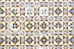 Typiska gamla Lissabon tegelplattor Arkivbild