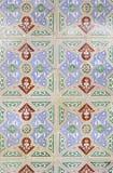 Typiska gamla Lissabon tegelplattor Arkivfoto