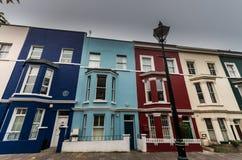 Typiska hus i den Portobello vägen arkivfoto