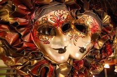 Typiska souvenir i Venedig - Venetian maskeringar Arkivbilder