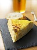 Typiska spanjor pincho de tortilla de patatas Arkivbilder