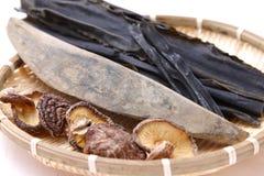 Typiska torkade foods för japanskt soppamateriel Royaltyfri Bild