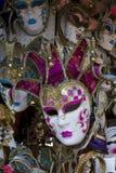 Typiska Venetian karnevalmaskeringar Royaltyfri Foto
