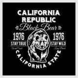 Typografi för Kalifornien republiktappning med en grisslybjörn Royaltyfria Bilder