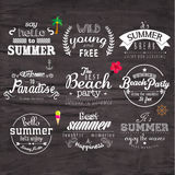 Typografie-Sommerferien-Ausweis-Design Stockfotos