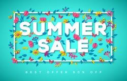 Typographie de vente d'été sur le fond bleu Photos stock