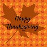 Typographie heureuse de thanksgiving sur la feuille d'érable Images stock
