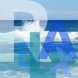 Typographique détendez sur le fond de vue d'océan illustration libre de droits